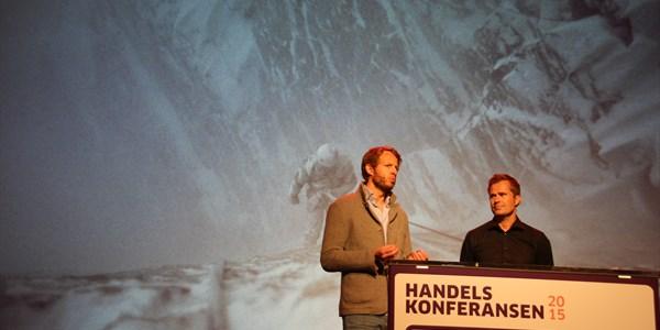 UTDYPER: Bjørn Fjellstad (t.v.) og Espen Falck Engelstad utdyper hvordan Norrøna jobber mot kunden. FOTO: MORTEN DAHL